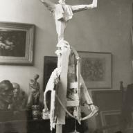 <strong>Maquette Vruchtbaarheid</strong> – 1959 – gips – afmeting onbekend – particuliere collectie